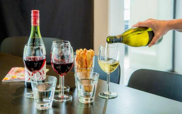 Gläser mit Wein